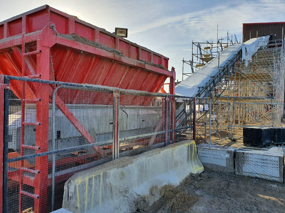 Aggregates : Aggregate Silo Conveyor replacement [Bulk Feed Hopper & EK 900]